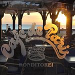 Photo de Cafe de Paris El Boulevard