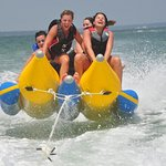 ‪Yellowfun Watersports Day Tours‬ صورة فوتوغرافية