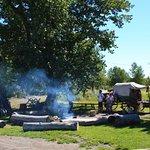 le camp où l'on nous offre le café
