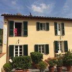 Photo de Tenuta San Pietro Hotel & Restaurant