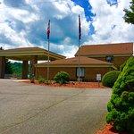 Motel 6 Hillsville Entrance