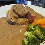 Chicken Balmoral mains with peppercorn sauce at The Castle Inn