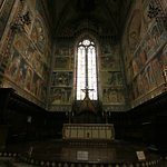 Affreschi dell'abside.