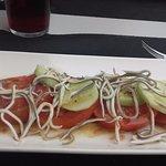 Ensalada de Tomate, pepino y gulas