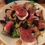salad with prosciutto, chutney