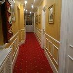 Photo de BEST WESTERN Abbots Barton Hotel