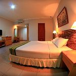 Photo of Zamrud Hotel