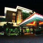 Zamrud Hotel
