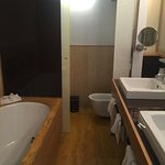 Such a comfortable stay in the heart of the Spagna area in Rome. Very easy to access all the mai