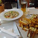 Photo de Carena Bar Restaurant