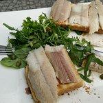 Dikke paling op toast vooraf