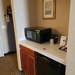 Photo de Holiday Inn Express Hotel & Suites Sumner