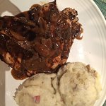 Chicken marsala with mashed potatoes