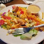 This is the small dinner salad, just to show you how yummy it is.