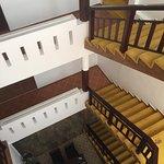 Vue de l'escalier central