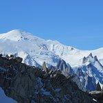 Le Mont-Blanc et l'Aiguille du Midi depuis le glacier des Grands Montets