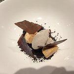 Patè de foie gras con sorbetto alla banana e cioccolato