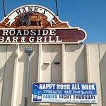 Hank's Roadside Bar & Grill照片