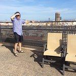 Sur le toit de l'hôtel au calme