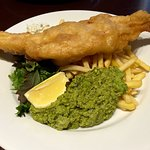 Fish in beer batter, minted peas and skinny fries - non greasy