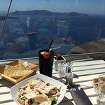 V Lounge Cafe & Cocktail Bar Foto