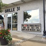 Leo and Sons Grill 31