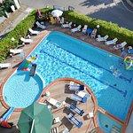 Photo de Hotel Real