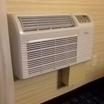 Low quality air conditioning unit. Loud and wakes you up as it turns on and off throughout the n