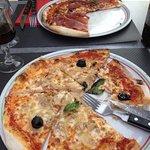 Photo de Pizzeria Napoli
