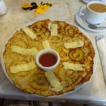 Linda's Dutch Pancakes - Apples, brie cheese and honey!