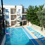 Merve Apartments Photo