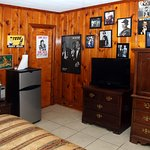 Photo de The Ziegler Hotel Rooms, Suites, Cottages