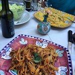 Carbonara, Bolognese, Salata verde, 22 eur
