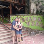 Photo de La Buena Vida Restaurant
