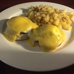 Eggs Benedict and hash browns