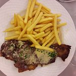 Pièce de boucher frites