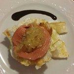 Olé! Los huevos con Mousse de Oca y cebolla caramelizada