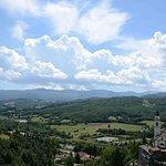 Vista panoramica dalle mura del castello percorribili lungo tutto il perimetro