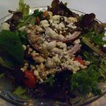 vinaigrette salad with blue cheese