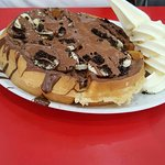 Waffle - Nutella, chocolate, sliced bananas & ice cream
