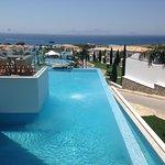 Photo de Mitsis Blue Domes Resort & Spa