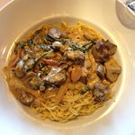 linguine picante at Andiamo... beef tips, mushrooms, onion, peppers and asiago cream sauce