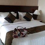 Photo of Galeri Ciumbuleuit Hotel & Apartment