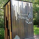 Foto di Tarragon at The Inn at Honey Run