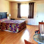 Quiet, clean accommodation in Keremeos.