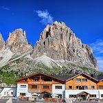 Hotel Passo Sella Dolomiti Mountain Resort
