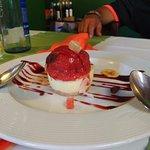 Tarta de queso con helado natural