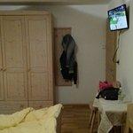 Vista dalla camera e interno accogliente e caldi piumini anche in estate