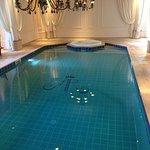 Photo de Tiara Chateau Hotel Mont Royal Chantilly