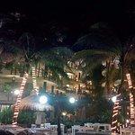 El Taj Oceanfront & Beachside Condos Hotel Photo